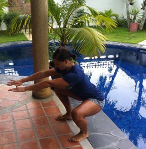 Squat Stance- foot stance transfers to appropriate split squat width